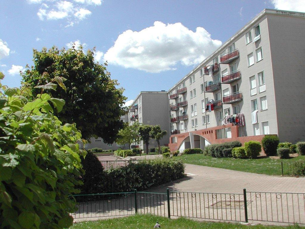 Location garage parking reims 51100 avec pi ces for Site immobilier location