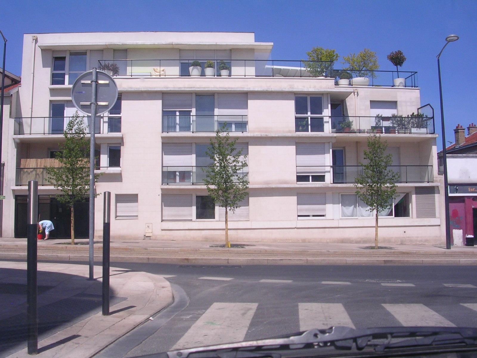 Location appartement reims 51100 avec 2 pi ces for Site immobilier location